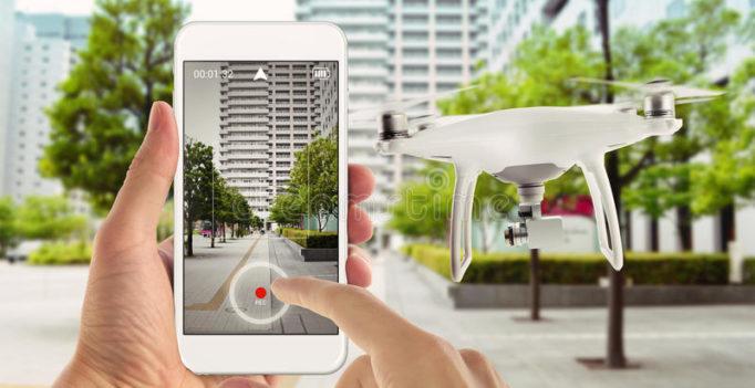 TOP 10 des meilleurs drones pilotables avec un téléphone