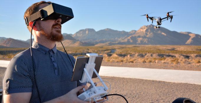 TOP 10 des meilleurs drones avec casques de réalité virtuelle (VR) - 2018